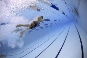 deporte para la artrosis natación